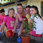 Fotos Plantación Rosales Escuela Infantil