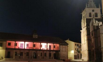 El Ayuntamiento se viste de rosa