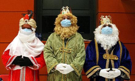Los Reyes Magos visitan a los niños y niñas de Torrelaguna
