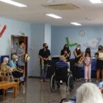 Visita musical a la Residencia, organizada por la Escuela Municipal de las Artes